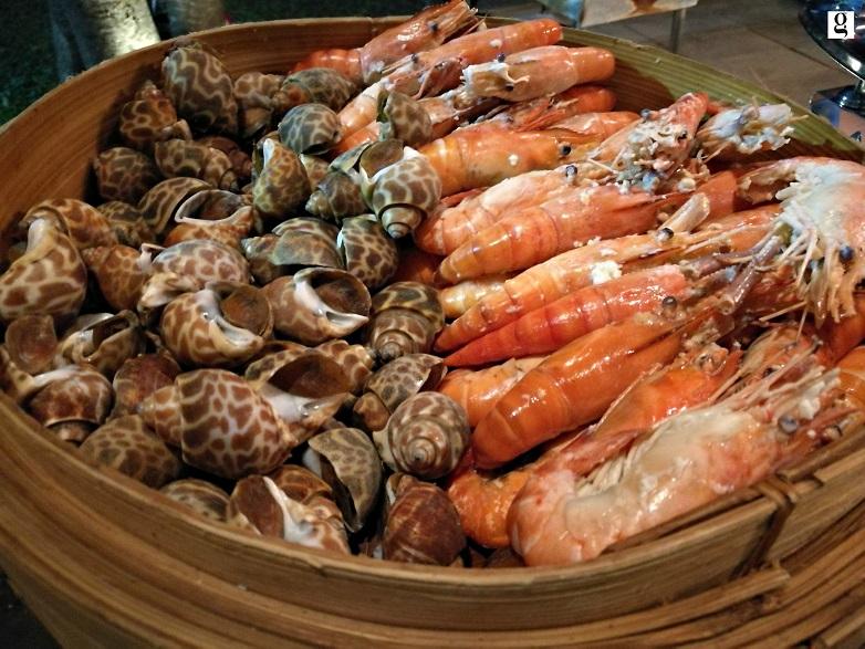 seafood buffet ibis bangkok riverside