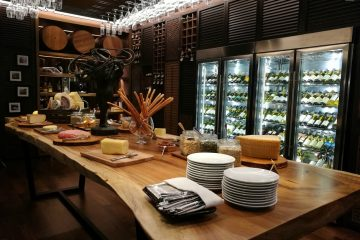 Sunday brunch at Amaya Food Gallery at Amari Watergate Hotel